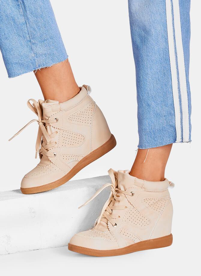 Modne sneakersy dla kobiet w sezonie 2019