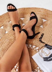 DeeZee Czarne sandały na obcasie Must Have
