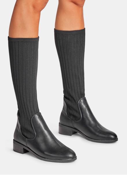 Modne i stylowe damskie buty niezbędne na zimę